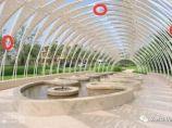 【建筑学院】一个廊架可以有几种SU建模方式?曲面景观廊道建模思路_图1