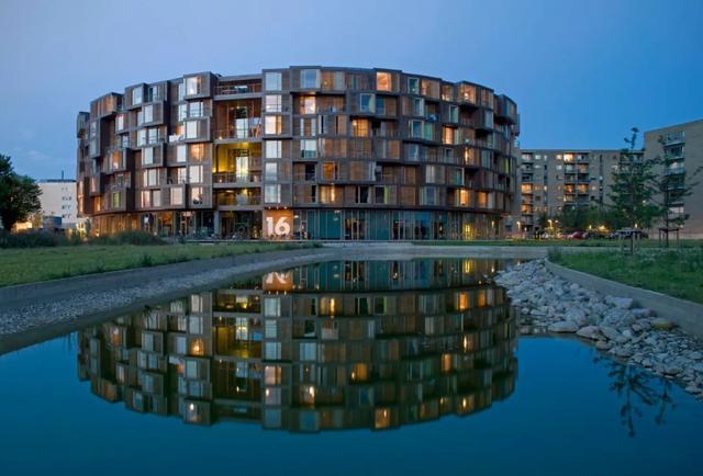 圆柱体的'平等性',哥本哈根大学宿舍设计赏析