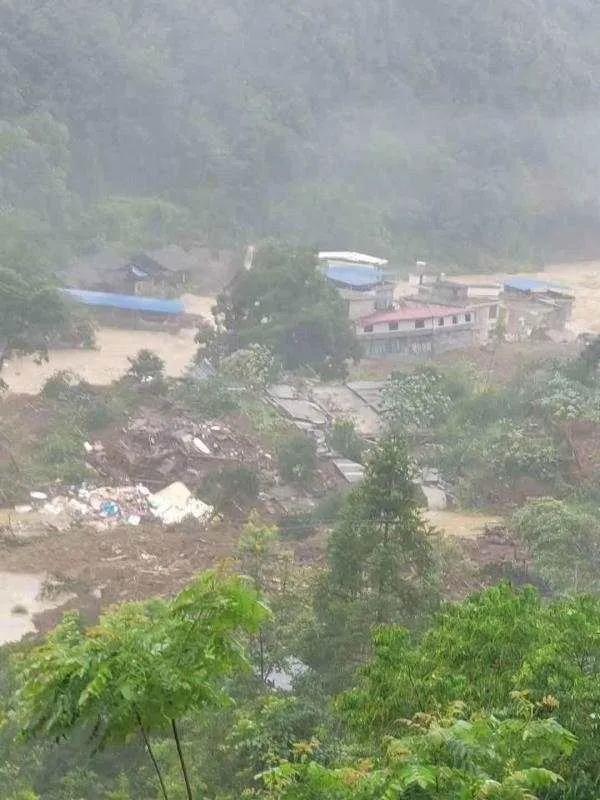 揪心!两地山体滑坡!地质灾害防治依然是地勘单位发展的重中之重!