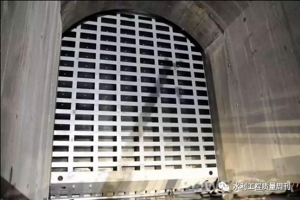 港口航道�c海岸工程�D片1